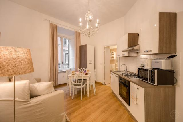 HI Trastevere Heart apartment Rome
